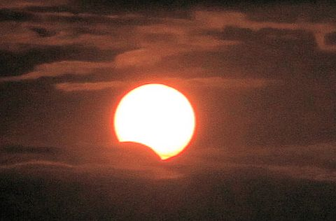 Partial Solar Eclipse - Miami, November 3 '13 11:30 UT